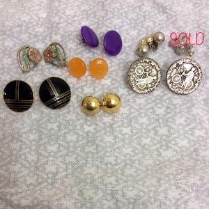 Vintage Jewelry - Bundle of 8 pairs of earrings
