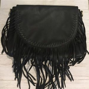 Black fringe purse!!
