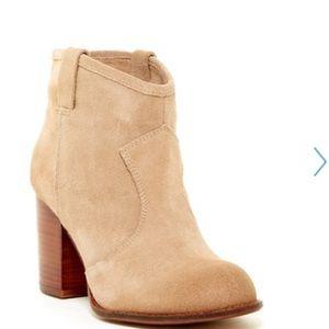 Splendid Shoes - Splendid Suede Bootie Size 9.5