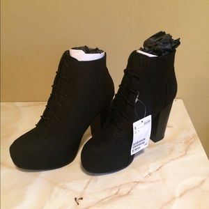 H&M Lace-up Heeled Boot NEW