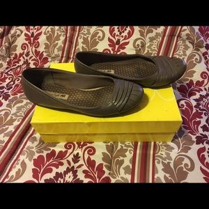 American Eagle by Payless Shoes - American eagle taupe flats