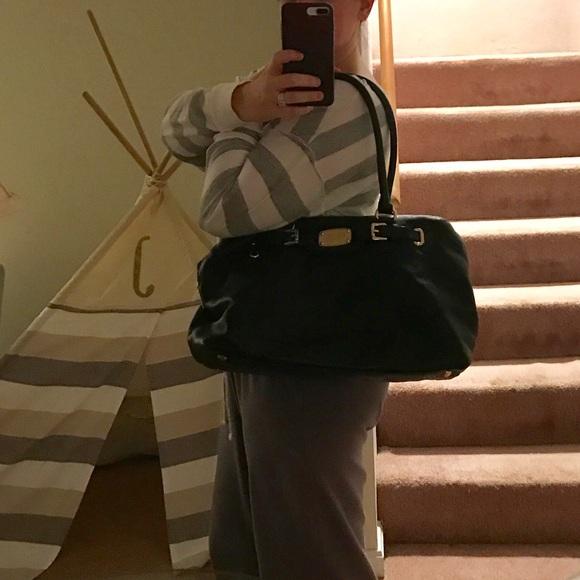 Michael Kors Bags - MIchael Kors Black leather bag