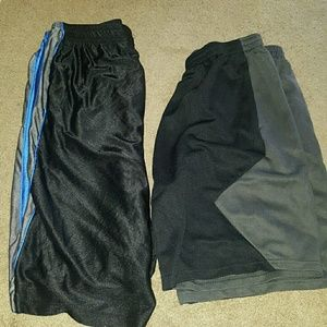 starting line Other - Lot of 2 large men's basketball shorts