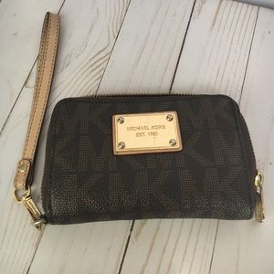 Michael Kors Mini Clutch