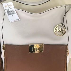 💲⬇️ Michael Kors Sloan shoulder bag, NWT
