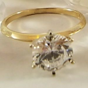 Jewelry - 14k Solid  Gold 2ct Solitaire Engagement Ring