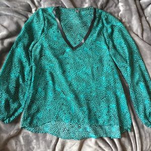 Tops - ⭐️Host Pick⭐️ Teal Snake Print Top w Leather Trim