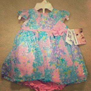 Baby Essentials Other - Baby Essentials Dress