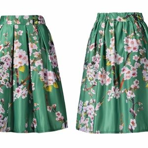 CHOISE Dresses & Skirts - Adorable Sakura skater skirt - OS
