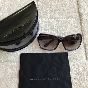 MBMJ tortoise + purple sunglasses