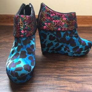 Iron Fist Shoes - NEW Iron Fist leopard satin wedge booties sz 6