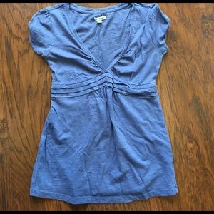 American Eagle Outfitters Tops - Cute American Eagle blue shirt. Size sp