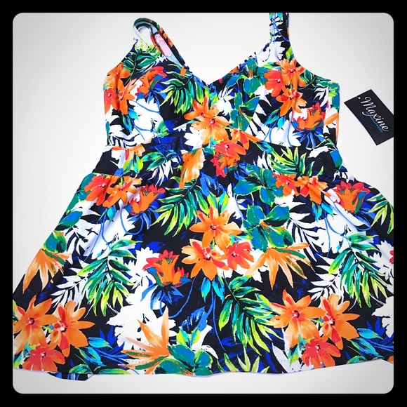 Maxine of Hollywood Other - 🎉Host Pick🎉Hawaiian Floral Swim Dress - SW-9