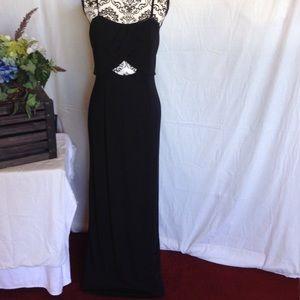Adrianna Papell Dresses & Skirts - Adrianna Papell Evening Slinky Black Dress