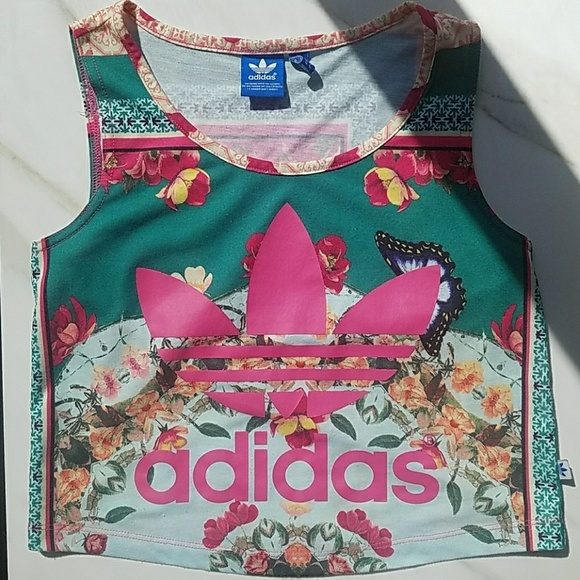 Materialismo El aparato matriz  adidas Tops | Adidas Originals Brazilian Farm Borboflor Top | Poshmark