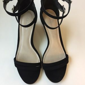 Calvin Klein Shoes - Calvin Klein sandals. Size 6.5
