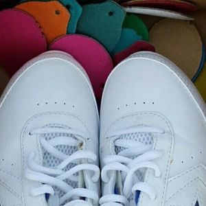 516311934965 Converse Shoes - SALE🏀Converse Kick Twist cheerleading Cheer-Shoes