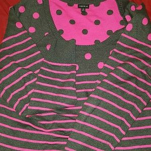 Gray and pink gently used sweater