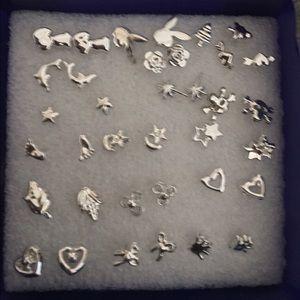 Jewelry - 🔥REDUCED🔥 .925 SS w/ bioplast posts