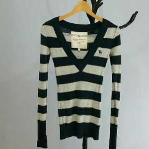Abercrombie and Fitch Long Sleeve Sweater Sz XS