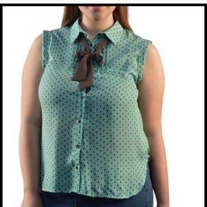 Tops - Plus size collar tie top