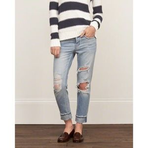 Abercrombie & Fitch Denim - Abercrombie & Fitch distressed jeans