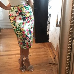 New floral pencil skirt