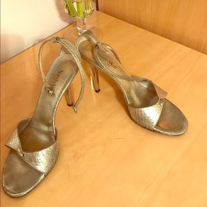 Genuine leather silver heels. Made in Italy