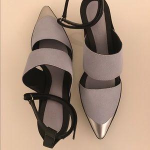 Kenzo Women's Blue and Black Honeycomb Heels sz39