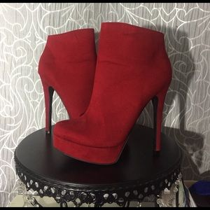 Red Chinese Laundry Heeled Boots