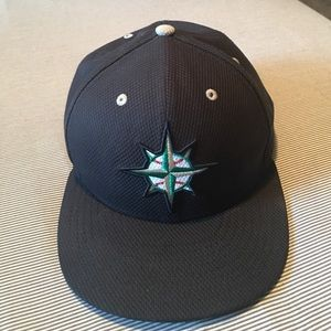 New Era Other - Mariner's Baseball Hat - Size 7 & 3/8 (58.7 cm)