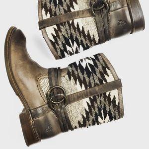 Frye Shoes - F R Y E • A z t e c • B o o t s • Sz 8