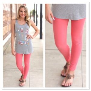Infinity Raine Pants - 🆕 Coral solid knit leggings OS