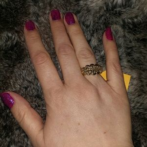Avon Jewelry - Avon vintage gold tone ring with adjustable insert