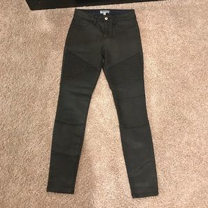 Fashion Nova Denim - Fashion Nova black Oliver Moto jeans. Size 5