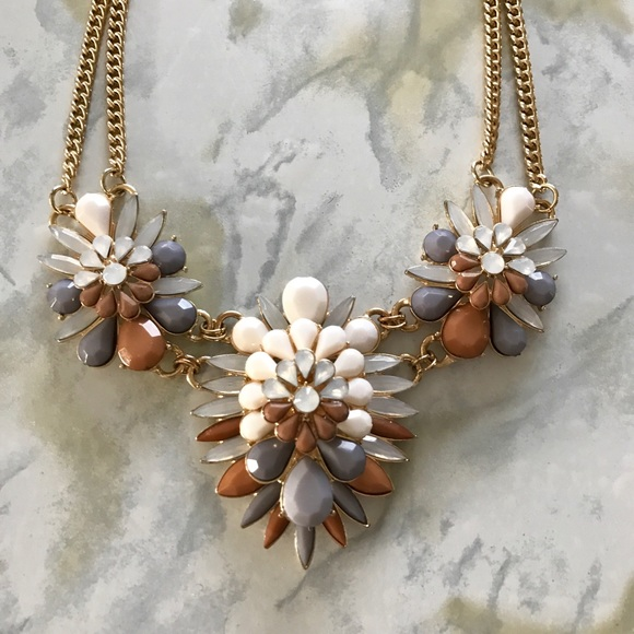 Jewelry - Grey/Dusty Pink/White Statement Necklace