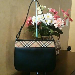 Burberry Handbags - Authentic Burberry london shoulder bag