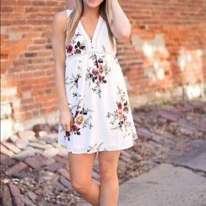 Dresses & Skirts - White floral mini dress