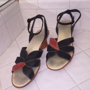 Camper Shoes - Camper heels Size 10 Orange/brown suede/leather