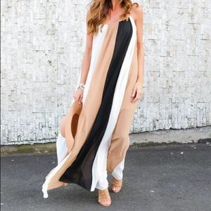 Dresses & Skirts - Three color maxi dress