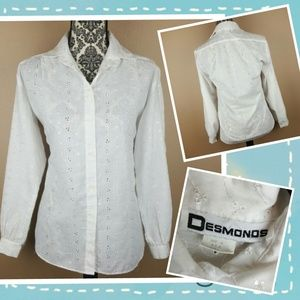 Vintage Tops - Vintage White Embroiderd Button Up