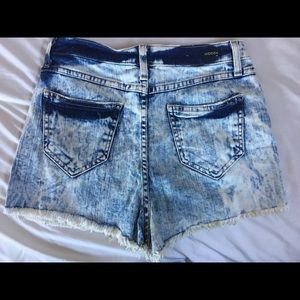 Hidden Jeans