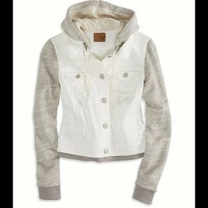 American Eagle Outfitters Jackets & Blazers - American Eagle AEO Denim Jacket XS Off White