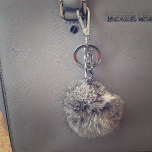 Michael Kors Bag Charm Puff!