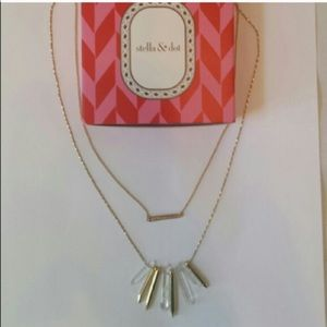 Stella and Dot rebel cluster necklace with box