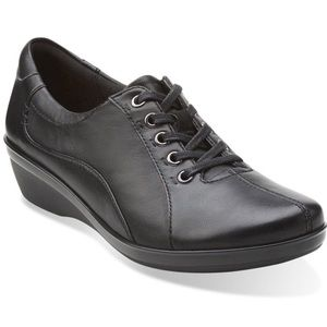Clarks Shoes - Clarks Everlay Elma Leather Lace-Up Womens Oxfords