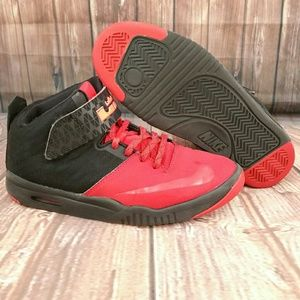 Nike Other - Nike Air LeBron James AKRONITE Sz 6.5Y Wo's 7.5