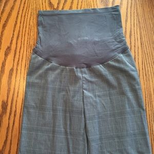 Motherhood Maternity Pants - Motherhood Maternity Grey Plaid Pants. Size medium