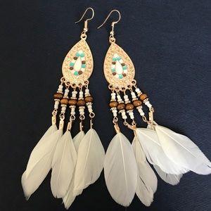 Jewelry - Boho western feather wood bead earrings
