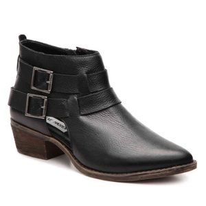 Steve Madden Shoes - Steve Madden Isana Leather Cutout Bootie